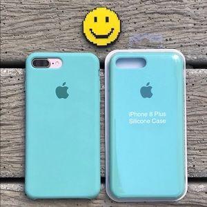 NEW iPhone 7/8 Plus Silicone Case Sea Blue